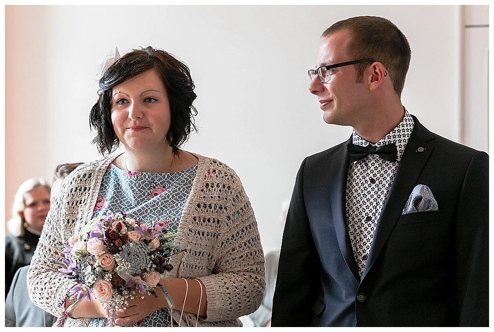 heiraten wie es uns gefaellt | standesamtliche Hochzeit von vanessa & Daniel in Oldenburg